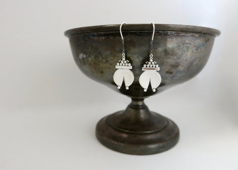 Chic 'Naughara' threader earrings (PB-11082-ER)  Earrings Sterling silver handcrafted jewellery. 925 pure silver jewellery. Earrings, nose pins, rings, necklaces, cufflinks, pendants, jhumkas, gold plated, bidri, gemstone jewellery. Handmade in India, fair trade, artisan jewellery.