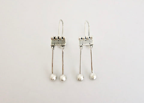 Won't-take-them-off, 'Kinari' rectangular fish hook danglers (PB-11085-ER)