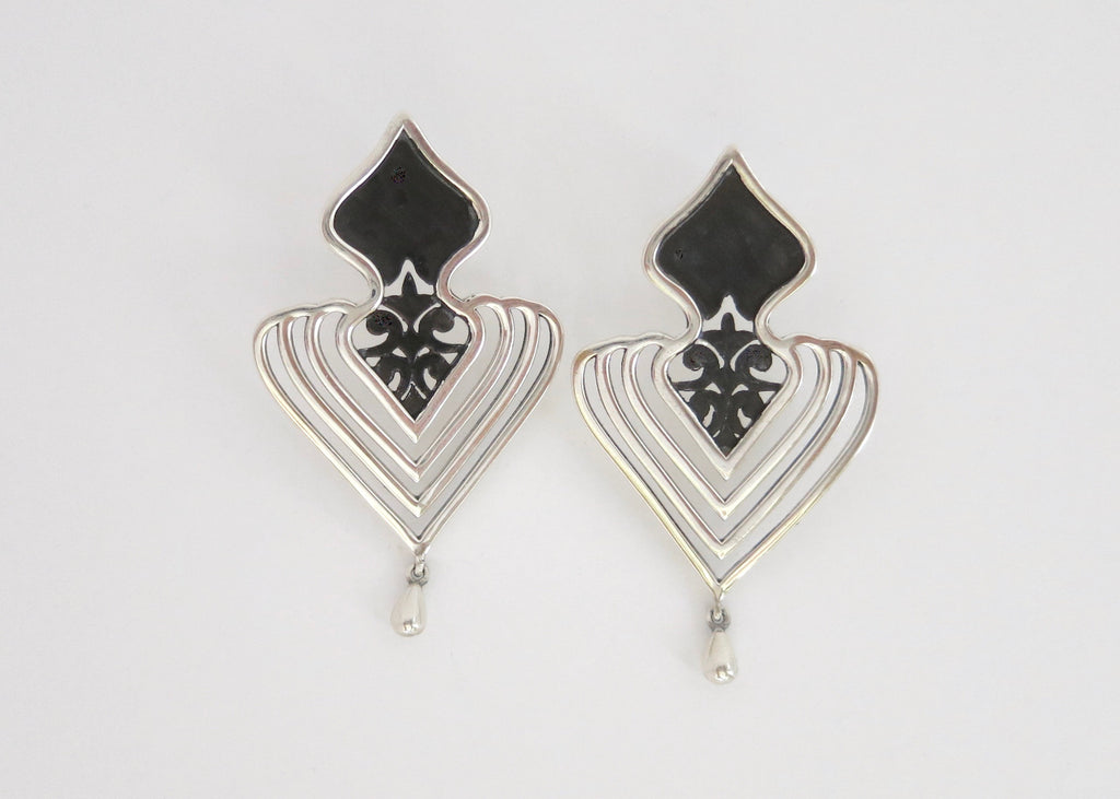 Magnificent, two-tone 'Jahanara' statement earrings (PB-11084-ER)