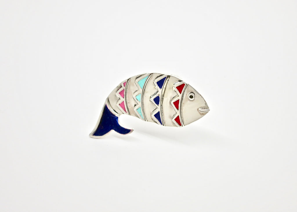 Playful 'mahi' (fish) statement ring [PBZ-1354-R]  Ring Sterling silver handcrafted jewellery. 925 pure silver jewellery. Earrings, nose pins, rings, necklaces, cufflinks, pendants, jhumkas, gold plated, bidri, gemstone jewellery. Handmade in India, fair trade, artisan jewellery.