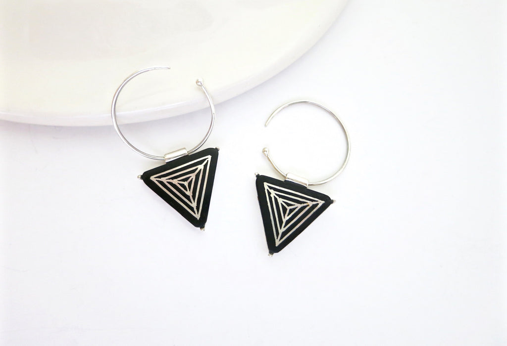 Chic triangular Bidri small open hoops (PB-1376-ER)  Earrings Sterling silver handcrafted jewellery. 925 pure silver jewellery. Earrings, nose pins, rings, necklaces, cufflinks, pendants, jhumkas, gold plated, bidri, gemstone jewellery. Handmade in India, fair trade, artisan jewellery.