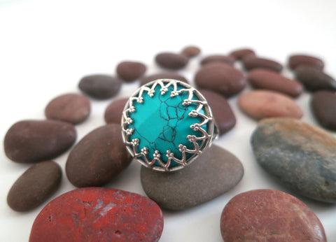 Elegant Samarkand round facetted turquoise ring with wire lace framework (PBS-7312-R)  Ring Sterling silver handcrafted jewellery. 925 pure silver jewellery. Earrings, nose pins, rings, necklaces, cufflinks, pendants, jhumkas, gold plated, bidri, gemstone jewellery. Handmade in India, fair trade, artisan jewellery.