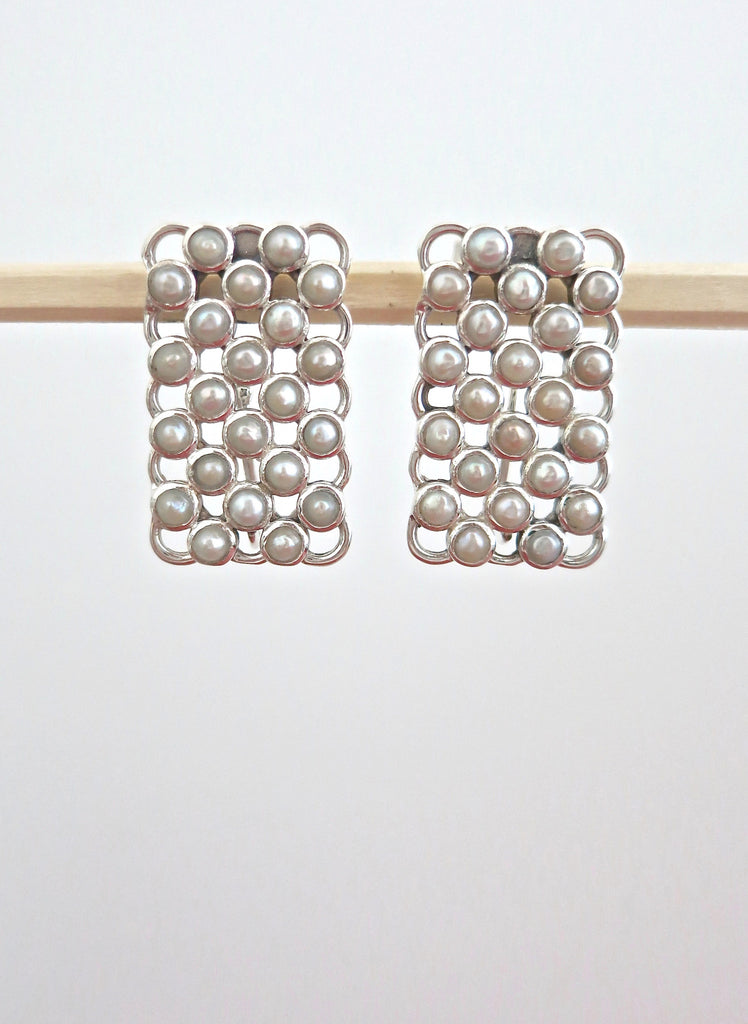 Elegant rectangular pearl earrings (PBJ-23-T) - Lai