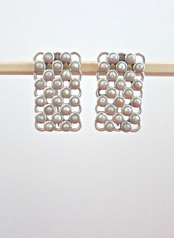Elegant rectangular pearl earrings (PBJ-23-T)