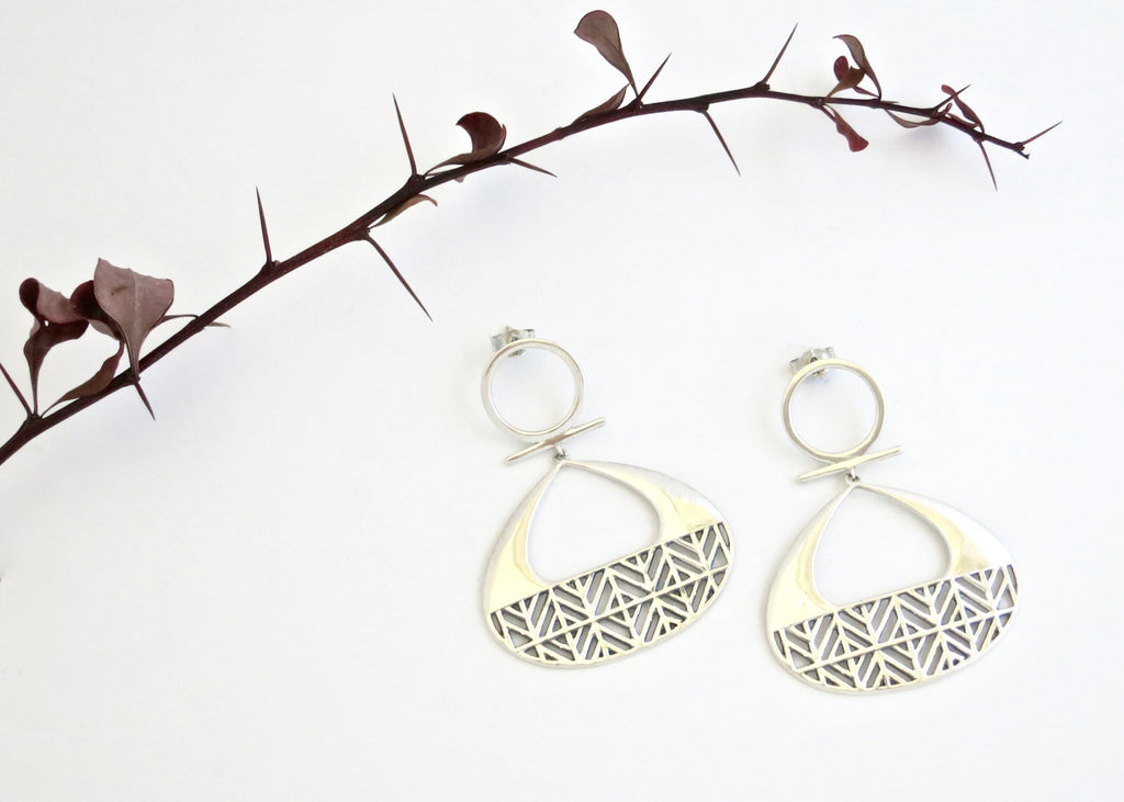 Dramatic, unique, Africa inspired, statement dangle earrings with a lattice pattern (PB-10250-ER)  Earrings Sterling silver handcrafted jewellery. 925 pure silver jewellery. Earrings, nose pins, rings, necklaces, cufflinks, pendants, jhumkas, gold plated, bidri, gemstone jewellery. Handmade in India, fair trade, artisan jewellery.