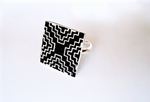 Chic, square ring with geometric pattern in fine black enamel  Ring Sterling silver handcrafted jewellery. 925 pure silver jewellery. Earrings, nose pins, rings, necklaces, cufflinks, pendants, jhumkas, gold plated, bidri, gemstone jewellery. Handmade in India, fair trade, artisan jewellery.