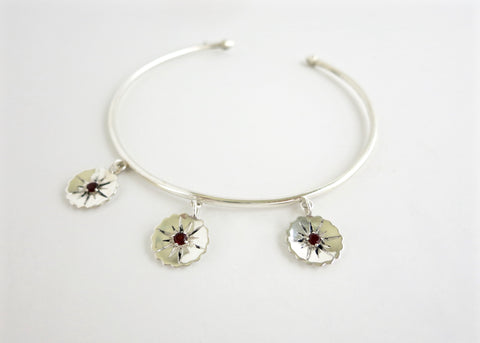 Ravishing, fun, bangle anklet with 3 flowers- can be worn as an arm band too (PB-1059-AN)