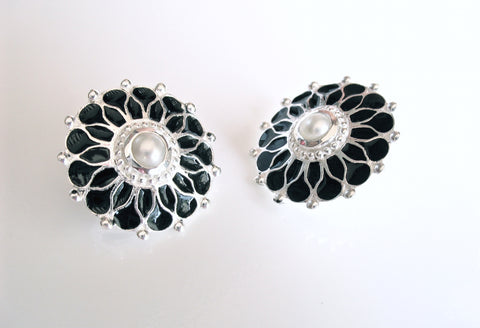 Gorgeous, round floral studs with a pearl center and fine black enamel work