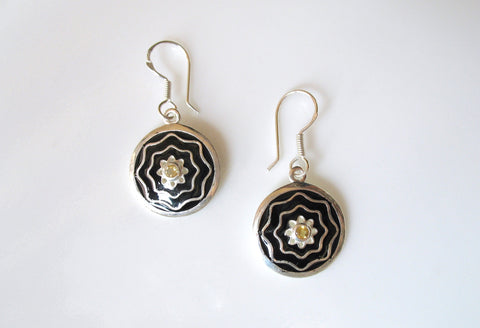 Dainty, round earrings with citrine and fine black enamel work