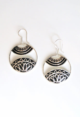 Beautiful artistic round dangling earrings with fine black enamel work (PB-4944-ER)  Earrings Sterling silver handcrafted jewellery. 925 pure silver jewellery. Earrings, nose pins, rings, necklaces, cufflinks, pendants, jhumkas, gold plated, bidri, gemstone jewellery. Handmade in India, fair trade, artisan jewellery.