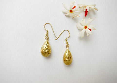 Textured gold-plated classic drop earrings (PBE-1004-ER)