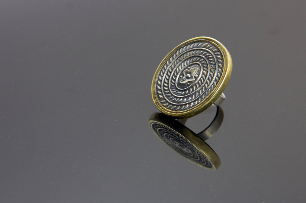 Stunning Thappa (stamped) oval ring with contrasting gold plated frame (PBS-1246-R) -  - 1