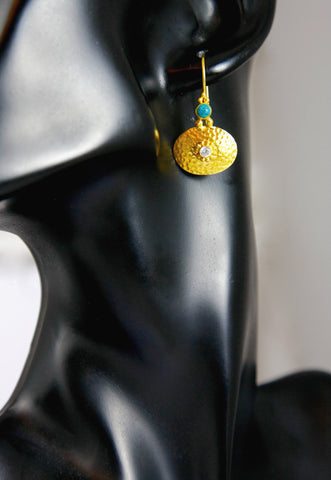 Chic, Greek-inspired, gold-plated, hammer-finish earrings with turquoise and zircon