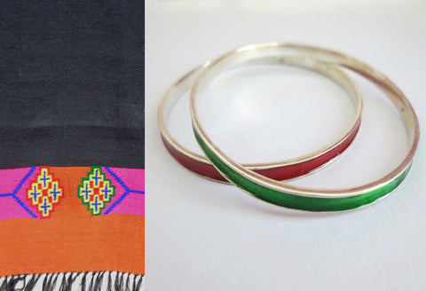 Elegant single colour enamel work bangle (PB-1185(3)-B)  Bangles Sterling silver handcrafted jewellery. 925 pure silver jewellery. Earrings, nose pins, rings, necklaces, cufflinks, pendants, jhumkas, gold plated, bidri, gemstone jewellery. Handmade in India, fair trade, artisan jewellery.