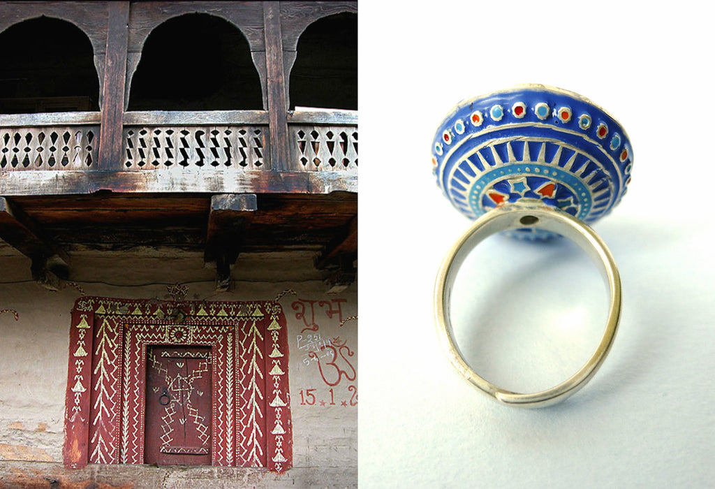 Magnificent round mirror arsi Multani enamel ring (PB-9399-R)  Ring Sterling silver handcrafted jewellery. 925 pure silver jewellery. Earrings, nose pins, rings, necklaces, cufflinks, pendants, jhumkas, gold plated, bidri, gemstone jewellery. Handmade in India, fair trade, artisan jewellery.