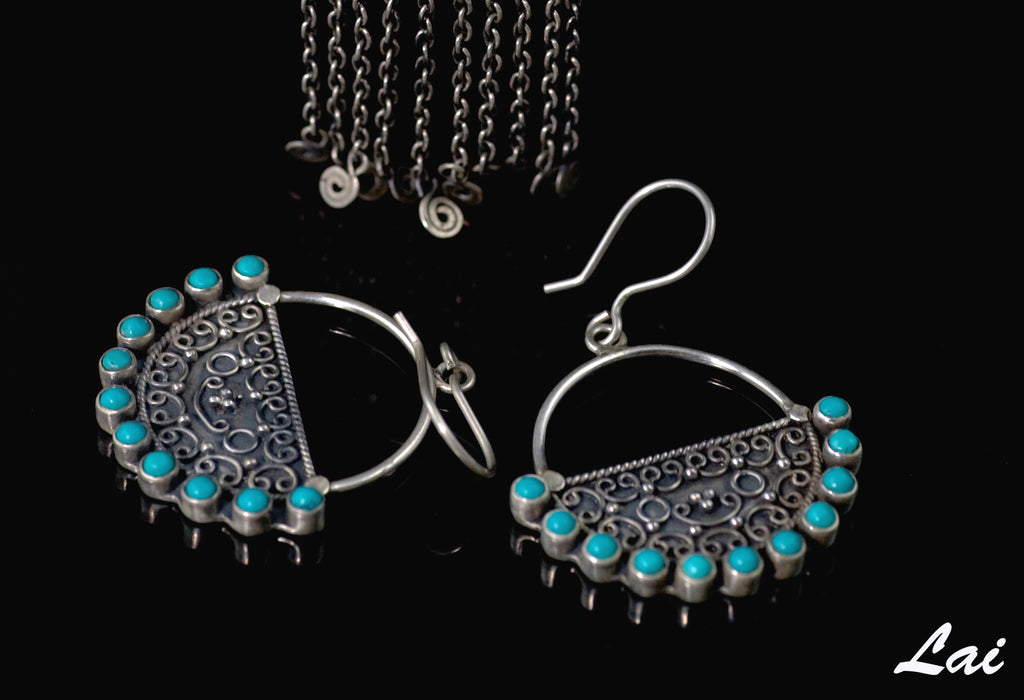 Elegant round Kashmiri earrings with turquoise outline & fine wire work (PB-1474-ER) - Lai - 1