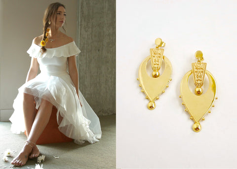 Exquisite, gold plated, inverted-drop shape Victorian earrings [PB-10464-ER (G)]