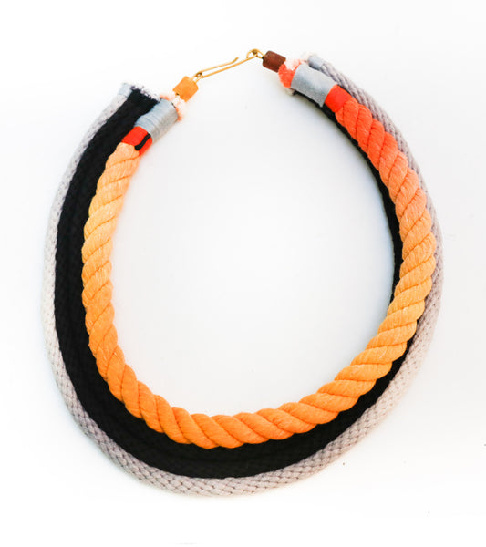 Neon Zinn Ring rope necklace