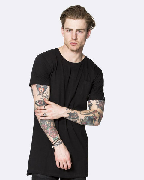 LOCKOUT LONGLINE TEE - BLACK