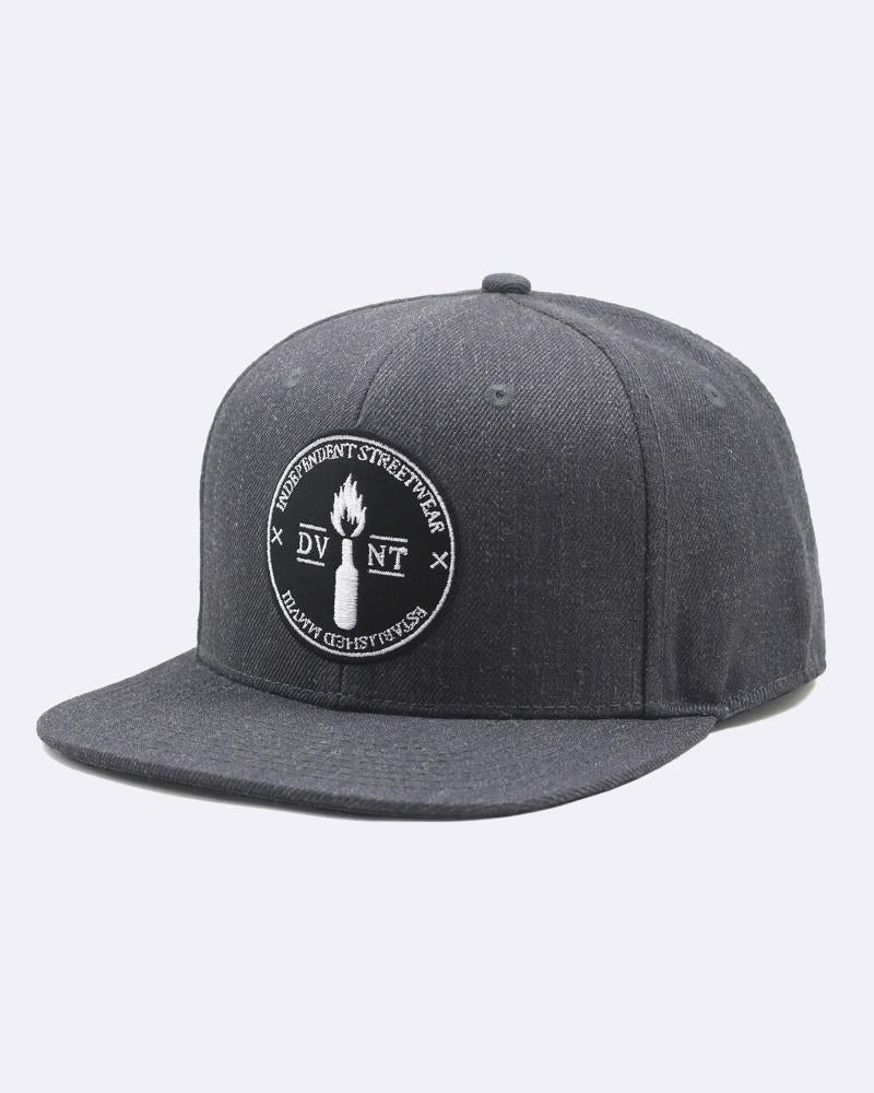 LIBERATE BADGE SNAPBACK - CHARCOAL