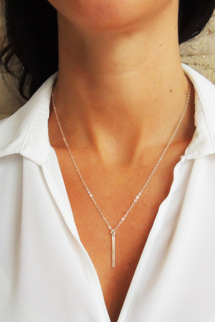 Flat Modern Bar Necklace