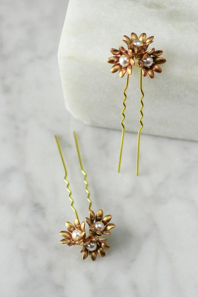 Marguerite Hair Pins - Set of 2