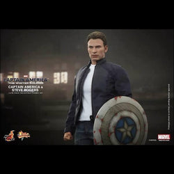 Toy - Hot Toys – MMS243 – Captain America: The Winter Soldier: 1/6th Scale Captain America & Steve Rogers Collectible Figures