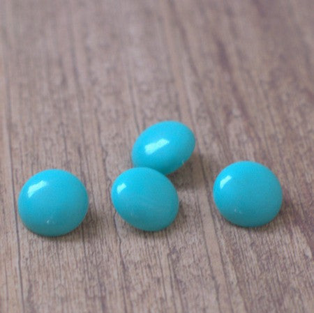 Turquoise Blue Round Vintage Lucite Buttons - 15mm