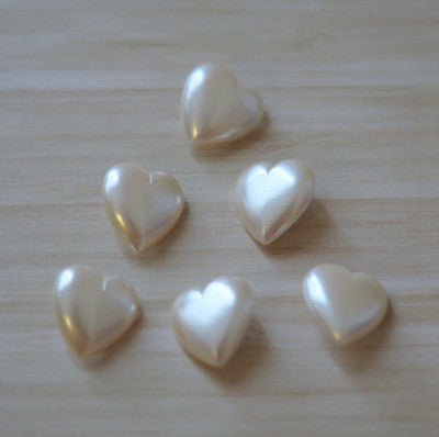 Ivory Pearl Heart Shaped Medium Vintage Buttons