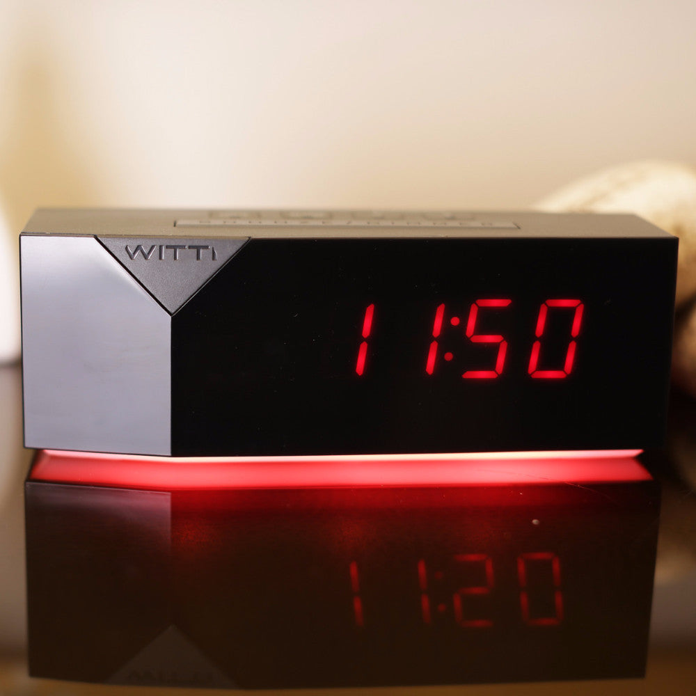 BEDDI Charge - Alarm clock with multiple charging ports