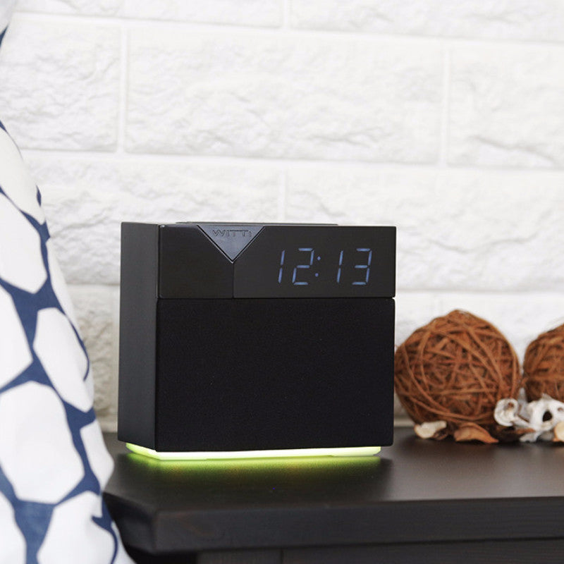 BEDDI STYLE - Alarm Clock and speaker with Changeable Faceplate and mood light
