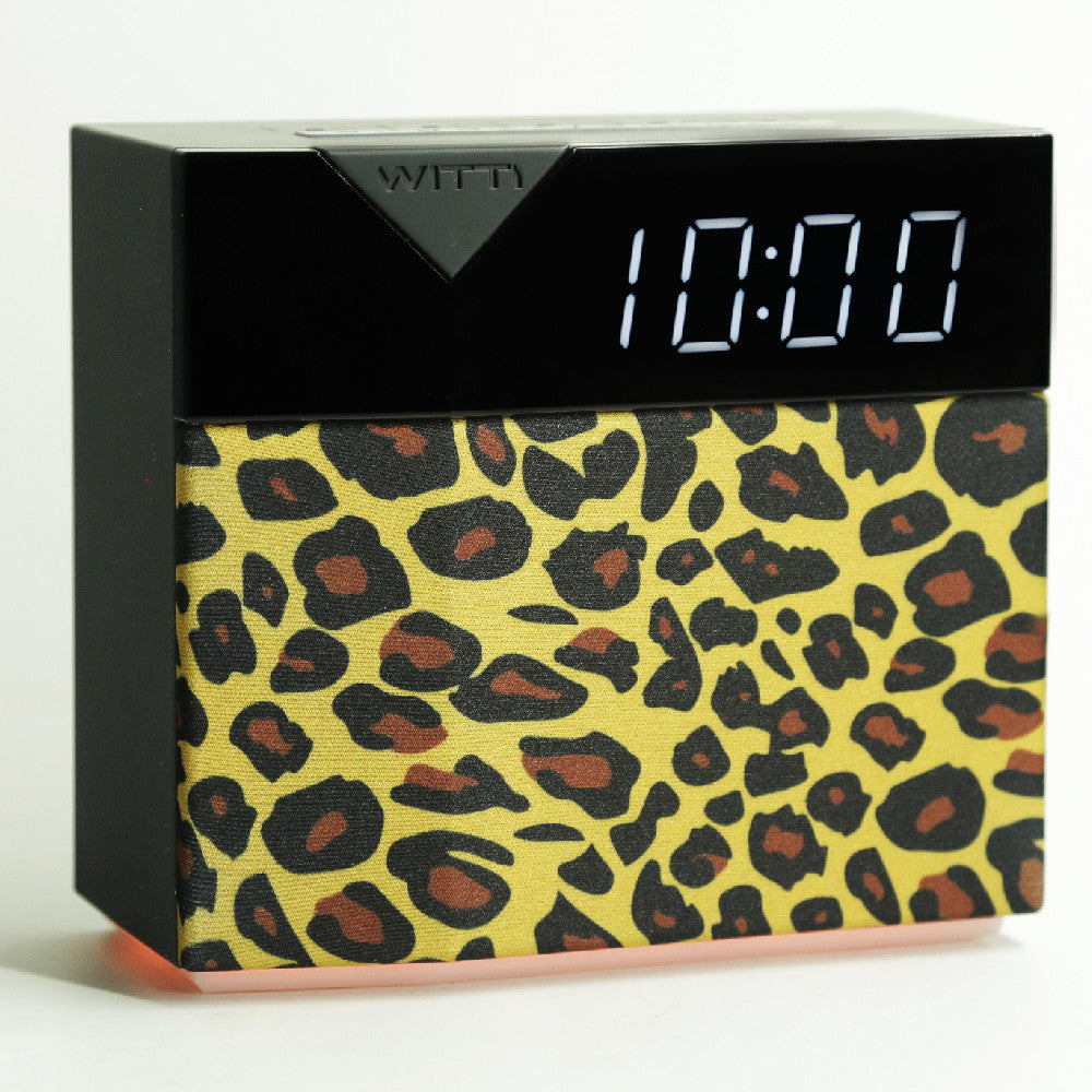 BEDDI STYLE - Alarm Clock and speaker with Changeable Faceplate - leopard