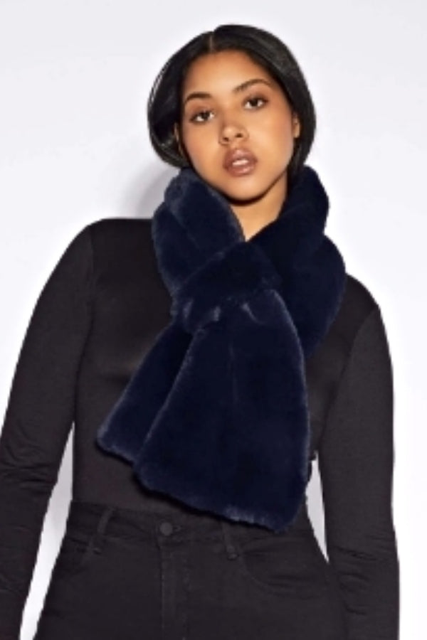 Navy Faux Fur Pull Through Scarf