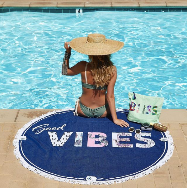 Virginia Wolf Good Vibes Round Towel