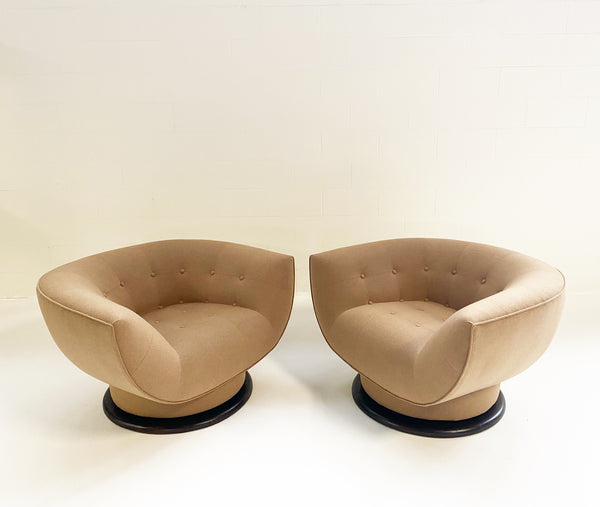 Swivel Lounge Chairs in Loro Piana Cashmere, pair - FORSYTH