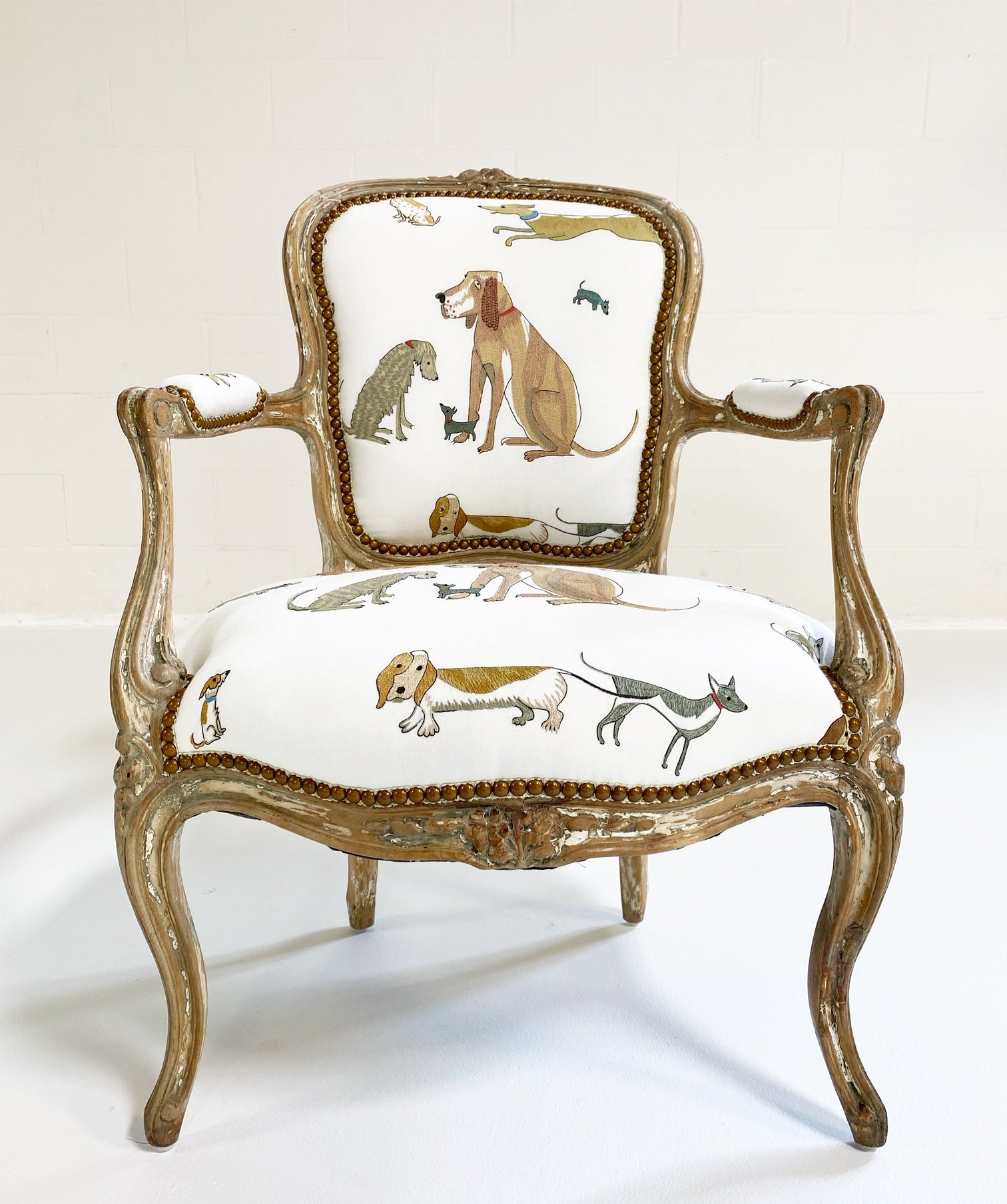 18th c. Louis XV Fauteuil Chair in Chelsea Textiles 'Dogs Socialising'