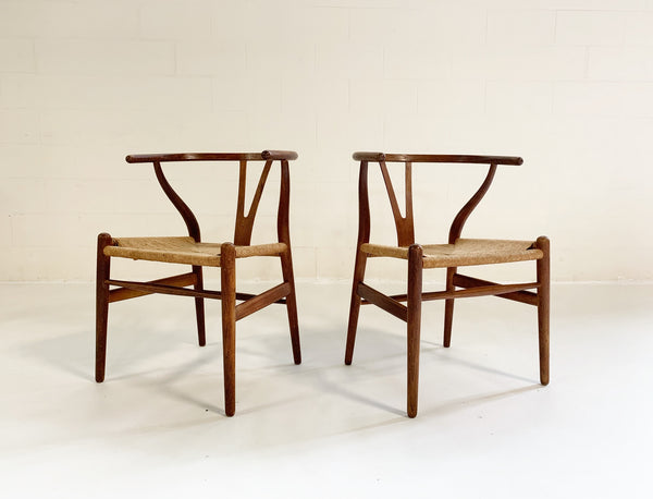 Model CH24 Wishbone Chairs, pair - FORSYTH