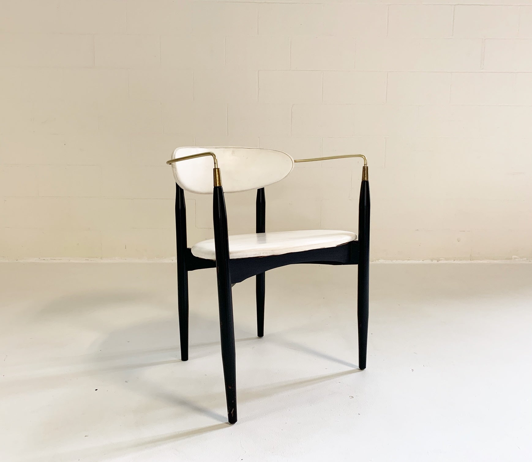 Viscount Chair - FORSYTH