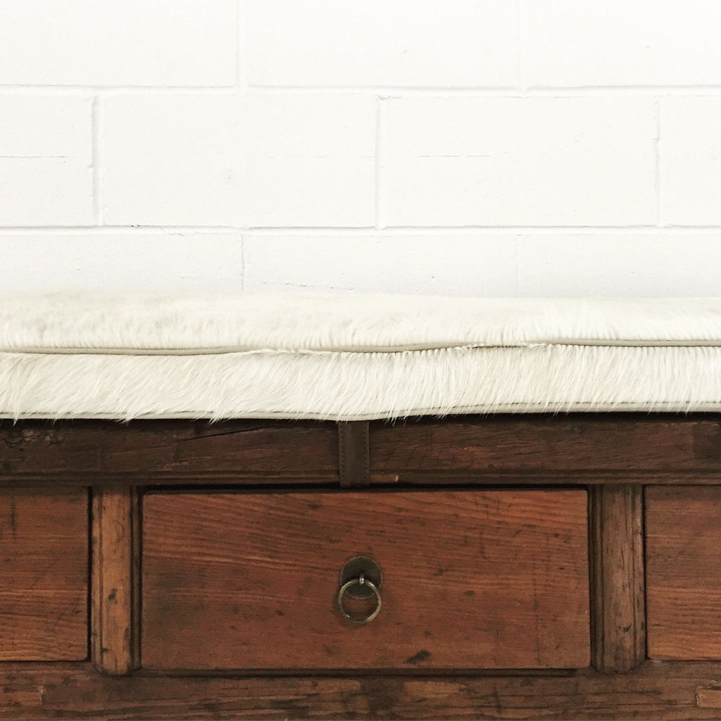 THREE-DRAWER RUSTIC BENCH WITH IVORY COWHIDE CUSHION - NO. 12 - FORSYTH