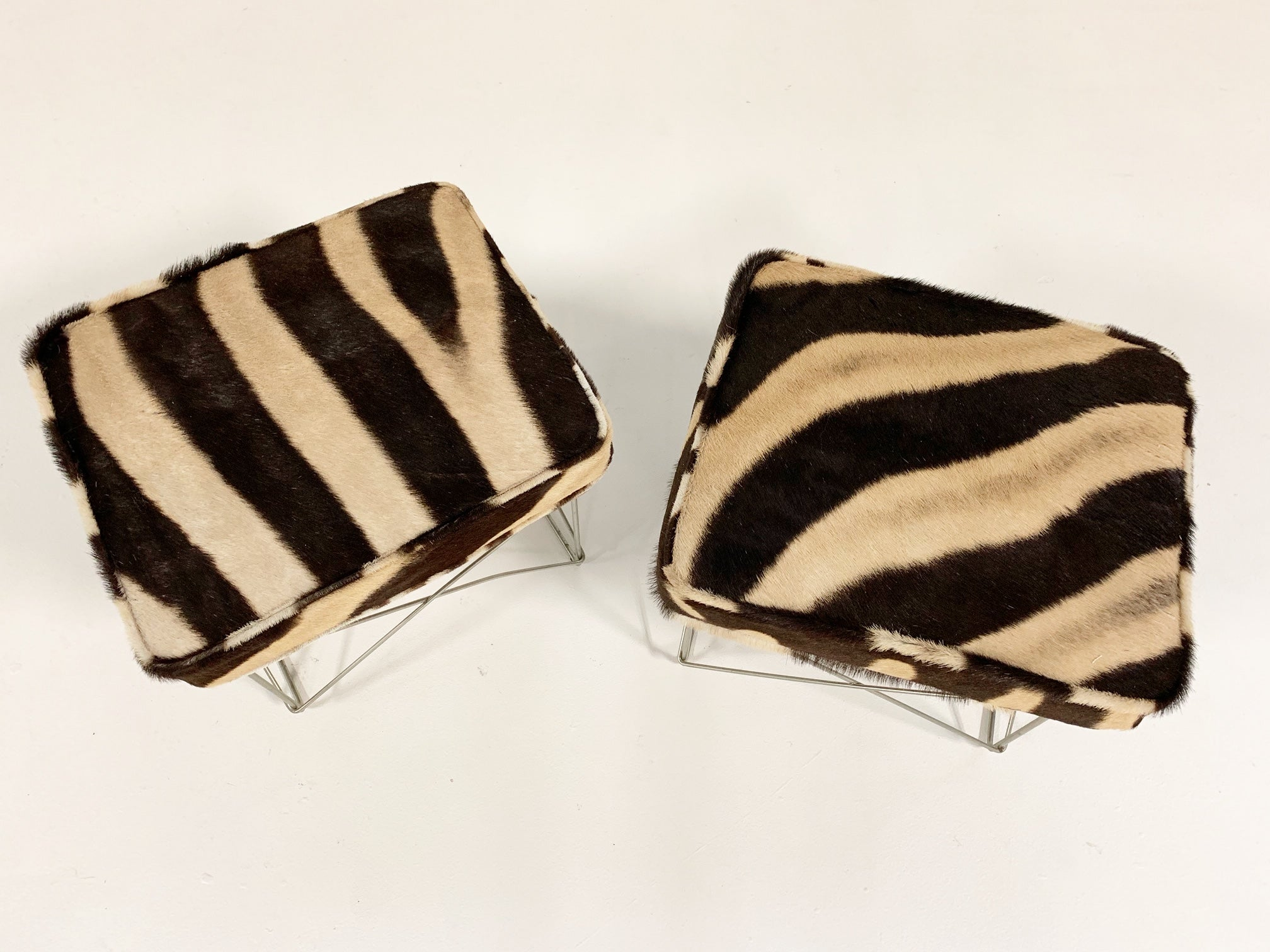 LTR Tables with Zebra Cushions, pair - FORSYTH
