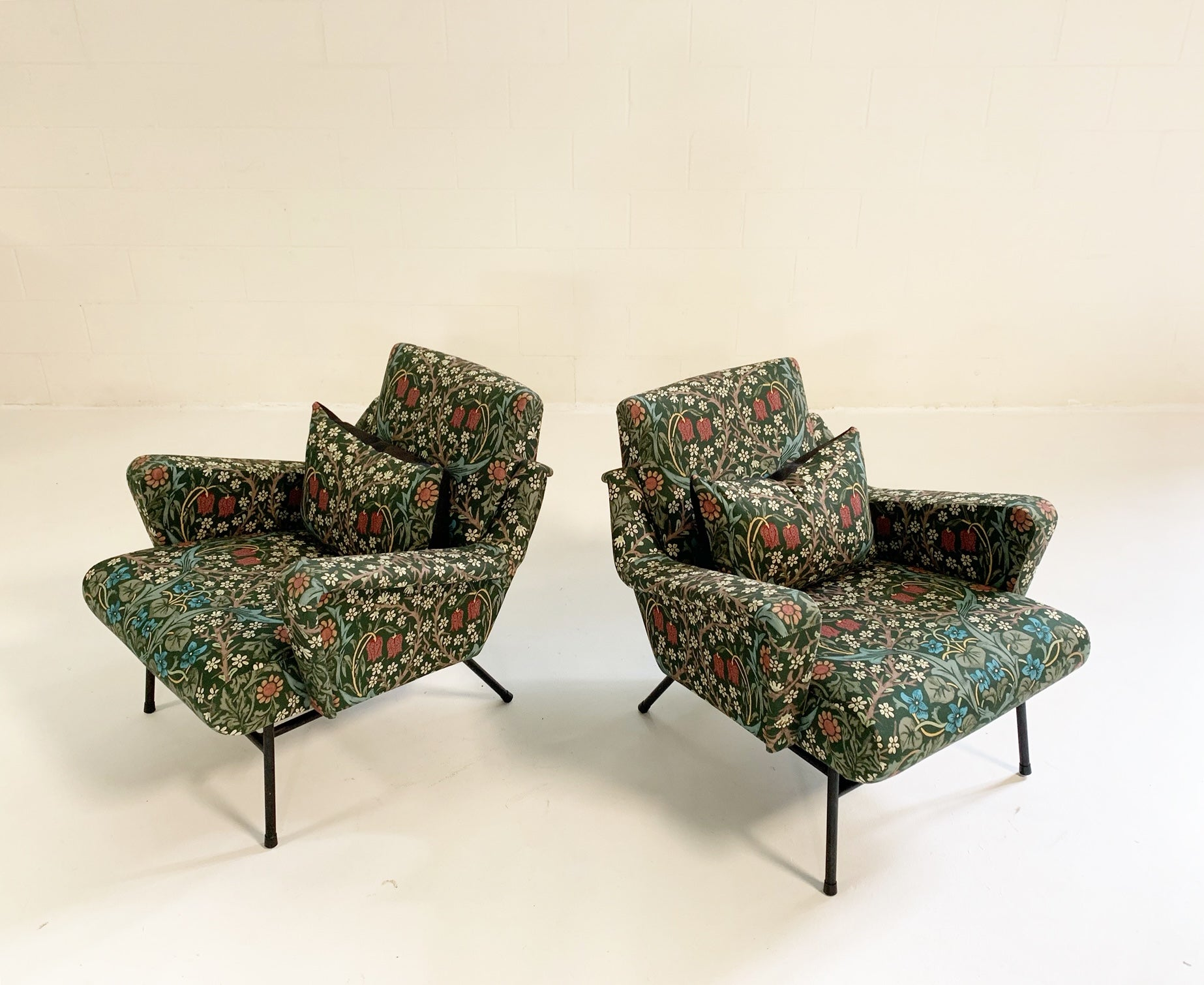 French Lounge Chairs in William Morris Blackthorn, pair - FORSYTH