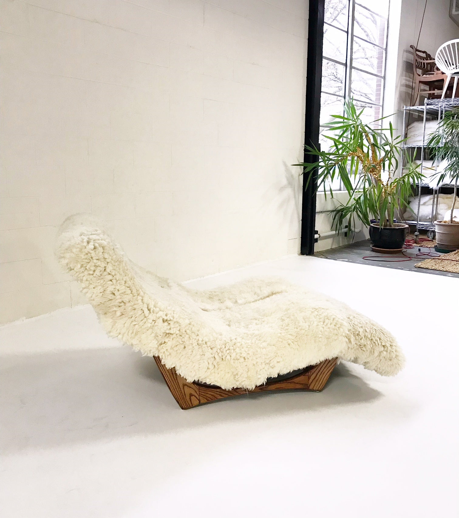 Wave Chaise Lounge in Brazilian Sheepskin - FORSYTH