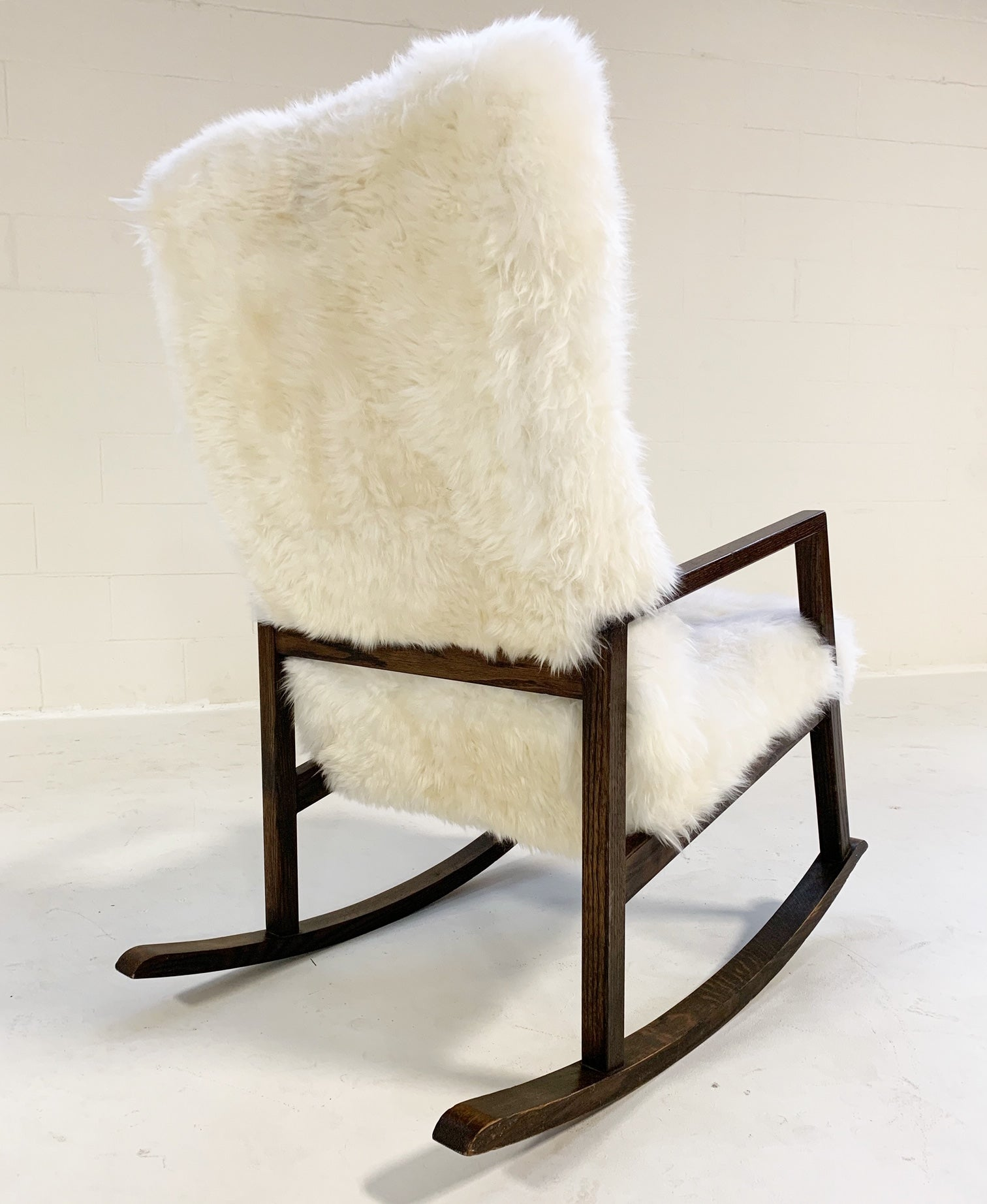 Rocking Chair in Brazilian Sheepskin - FORSYTH