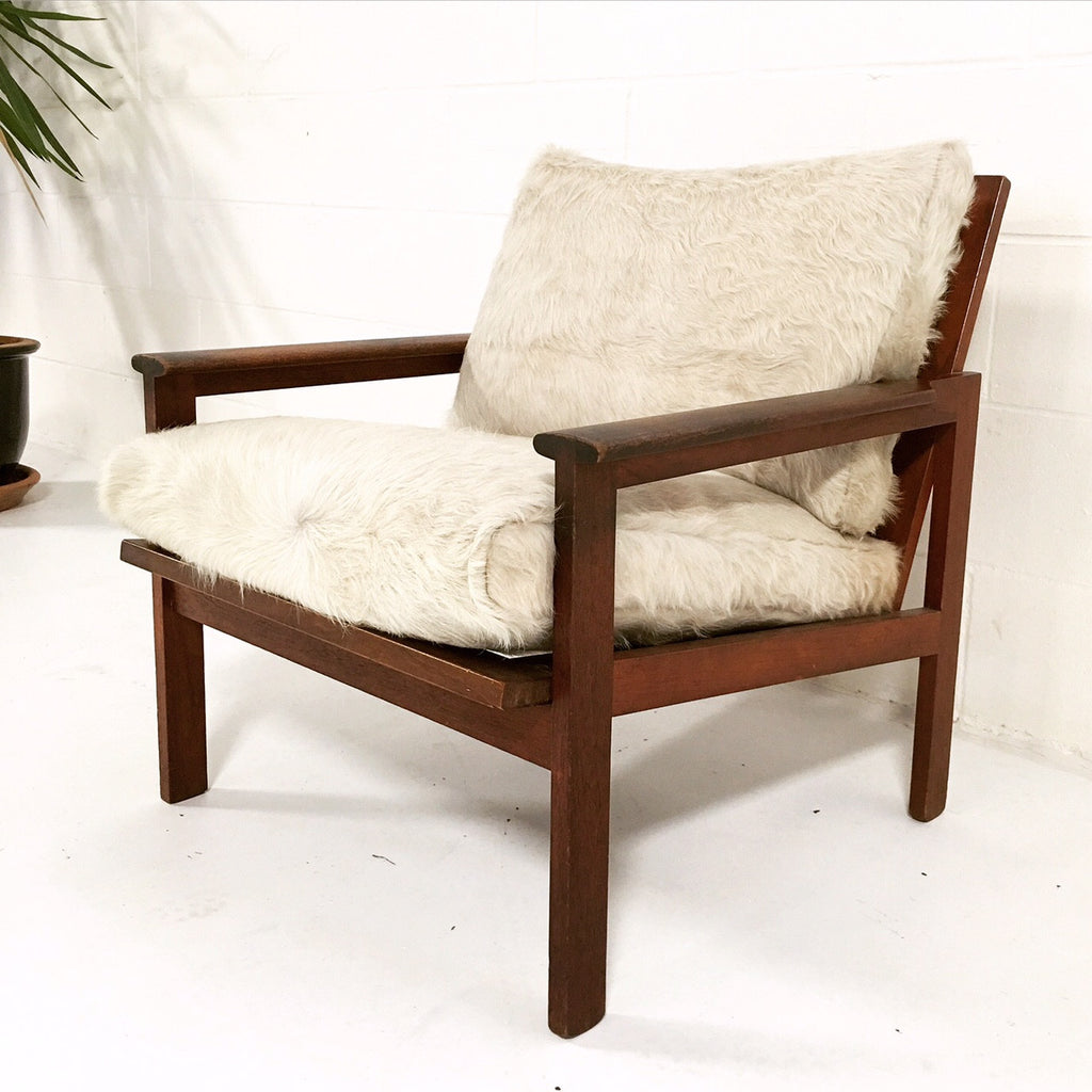 Illum Wikkelsø Lounge Chair with Ivory Cowhide Cushions - FORSYTH