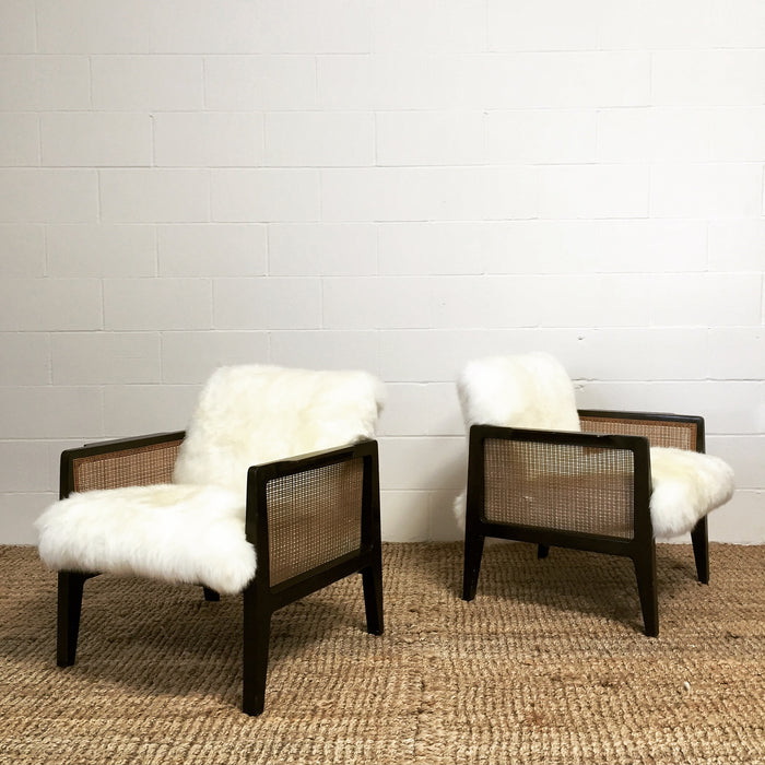 Edward Wormley for Dunbar Armchairs Model 5513 in Sheepskin - FORSYTH