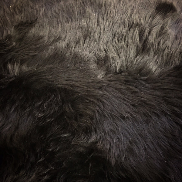 New Zealand Sheepskin Rug, Black - FORSYTH