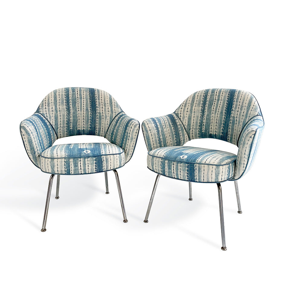 Vintage Eero Saarinen for Knoll Model 71 Executive Armchairs in St. Frank Washed Indigo Fabric, One Available