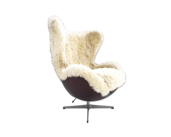 Egg Chair in Brazilian Sheepskin and Leather - FORSYTH