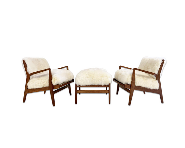 Lounge Chairs & Ottoman in Brazilian Sheepskin