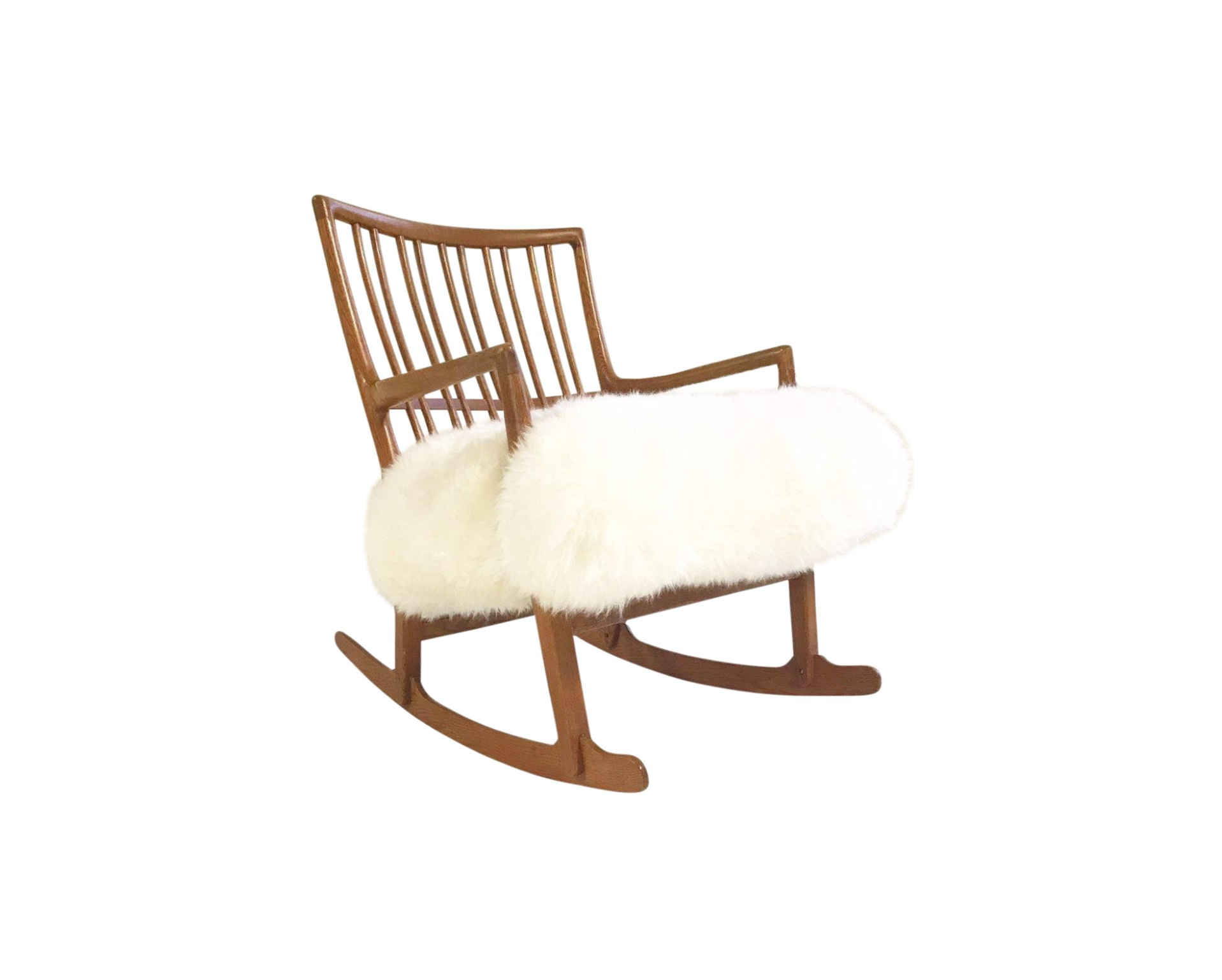 ML-33 Rocking Chair in New Zealand Sheepskin - FORSYTH